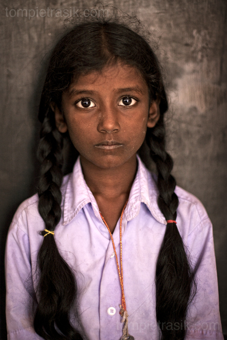 Ramani Sanmugam, aged nine, at school in Cuddalore. Tamil Nadu. India ©Tom Pietrasik 2008