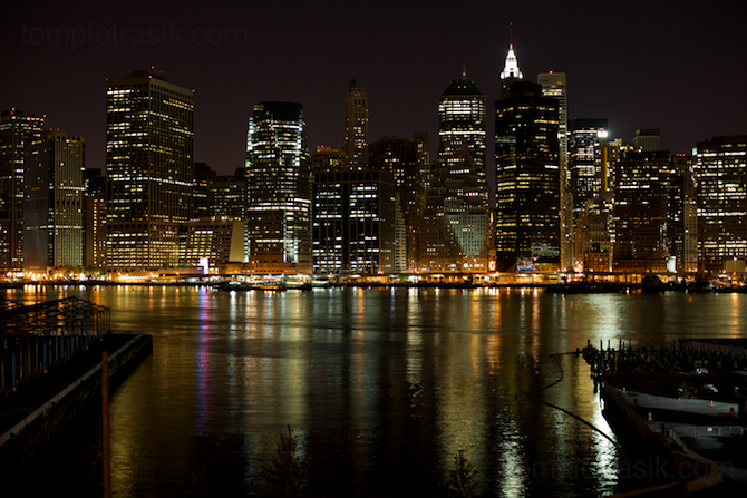 Manhattan by night. New York, USA ©Tom Pietrasik 2009